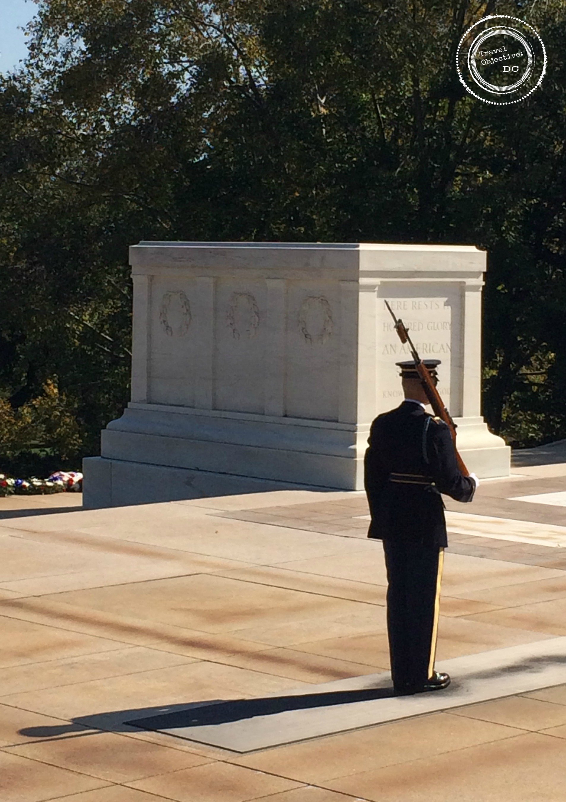 tomb-of-the-unknown-soldier_guard_arlington-cemetery_travel-objective-dc